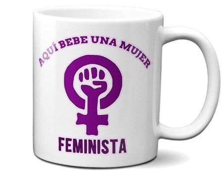tazas feministas de porcelana con logo y frases del movimiento feminista