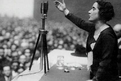 logro del movimiento feminista español voto de la mujer